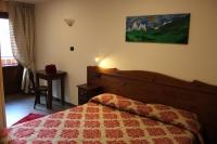 HOTEL DES ROSES***